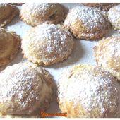 Biscuits sablés fourrés aux pommes et à la crème de marrons - www.sucreetepices.com