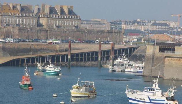 Recherches en cours pour retrouver un marin-pêcheur de Saint-Malo perdu en mer