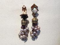 Boucles d'oreilles clips en pierres et matières naturelles nommées : bijou de créateur à Paris.