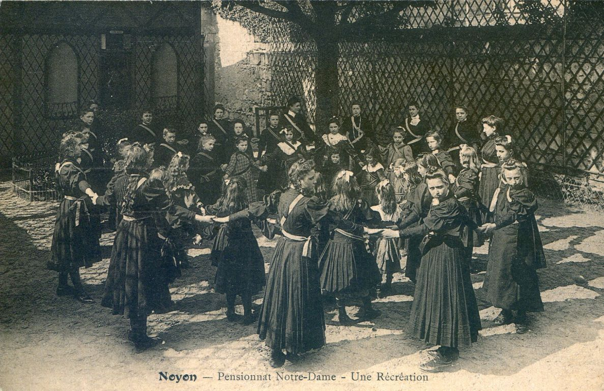 Album - la ville de Noyon ( Oise ), les écoles de notre Dame