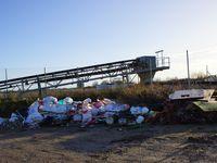 Quelque soit la société dans ce secteur les décharges sauvages se multiplient, même à côté des sociétés de tri et de traitement des eaux ! alors imaginez vous un port de déchets en plus sur un coin qui n'est pas pollué aujourd'hui !