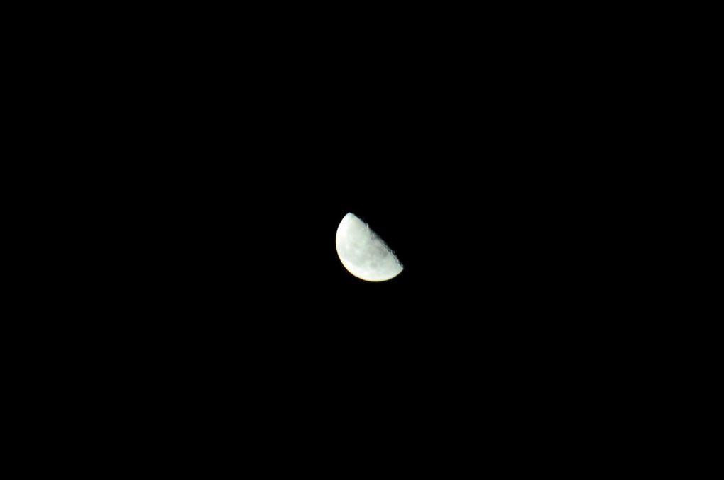 La lune ce matin, trop bien, trop belle la nature (4 photos)