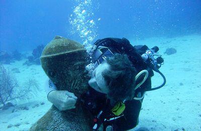La bise à Cousteau!