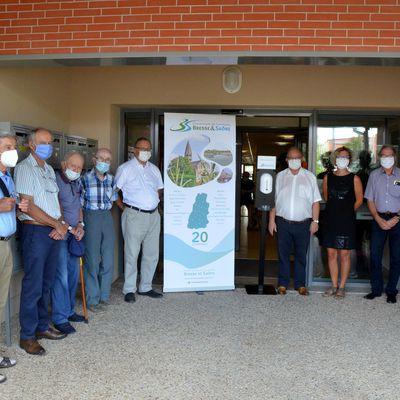 La communauté de communes installe des distributeurs de solution hydroalcoolique.