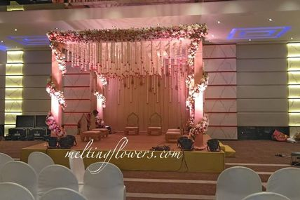 Ideas For Themed Mandap Decorations