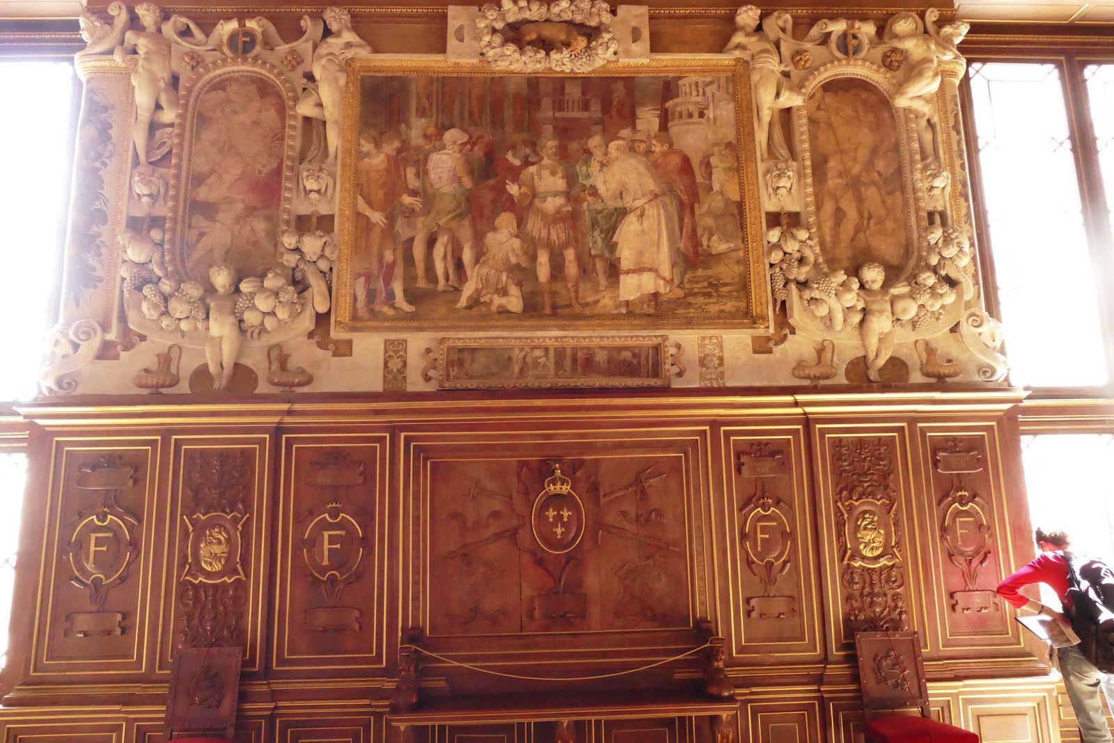 Lambris (chêne ou noyer, Francesco Scibec de Capri, 1536-1537 et dorure), galerie François Ier, château de Fontainebleau. Photographie lavieb-aile 2019.