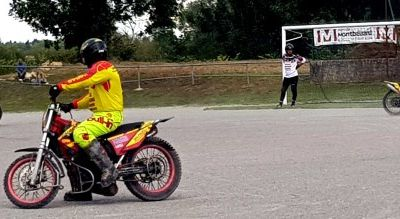 MATCH MOTO BALL VOUJEAUCOURT CONTRE CARPENTRAS.