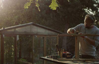 Travaux et cours de jardinage, aide au bricolage, aide au déménagement, livraison à Pontarlier, dans le Doubs, le Jura