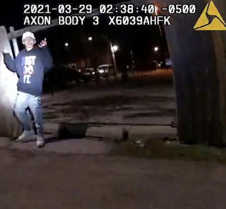 USA : «Meurtre de sang-froid»: un policier de Chicago a abattu Adam Toledo, 13 ans, les mains en l'air