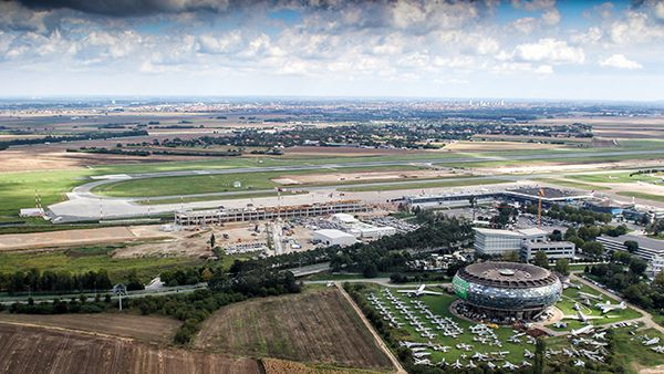BEG airport skyview