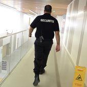 Des vigiles privés bientôt armés devant les sites sensibles ?