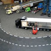VIDEO FENWICK FRONTAL RADIOCOMMANDE R/C MAGNY COURS MAI 2010 - car-collector.net