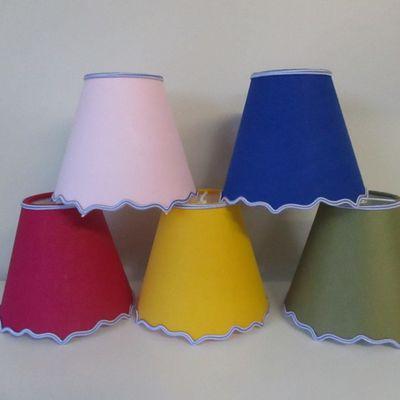 SERIE DE 5 ABAT JOUR MULTICOLORS pour lustre à pampilles multicolor