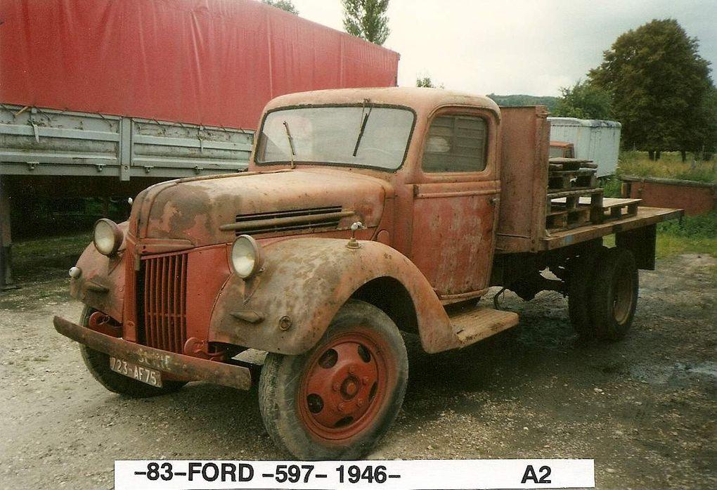 Le ford perdu dans la nature, Le poissy de chez LYS - Le réservoir , le plancher cabine, le tableau de bord.les compteurs.