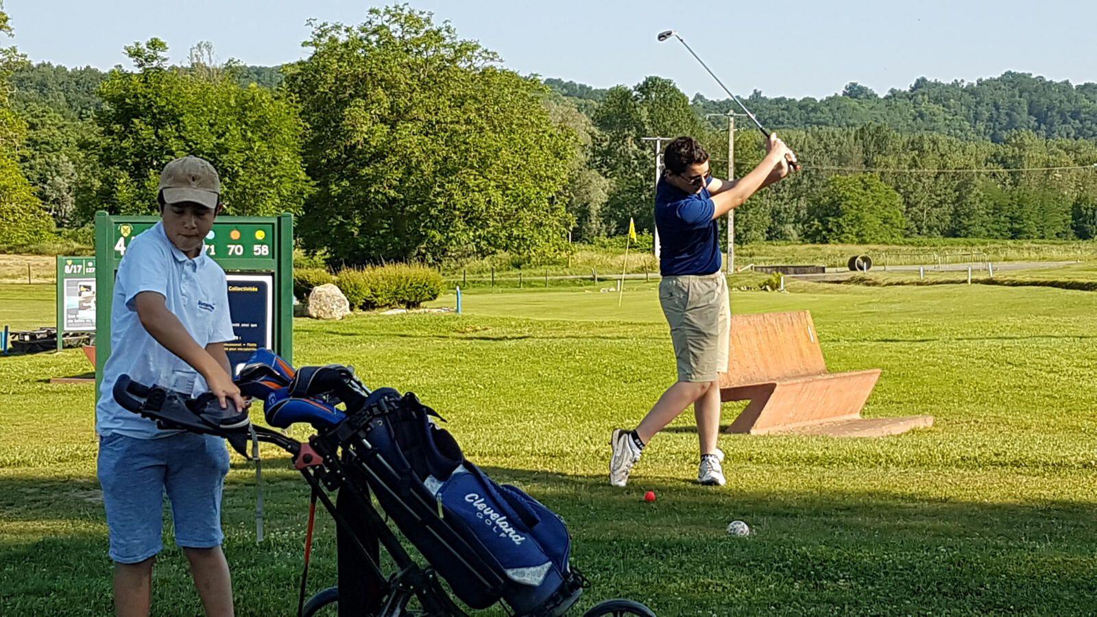 Salies du Salat - Salies reçoit le Challenge départemental Jeunes de golf