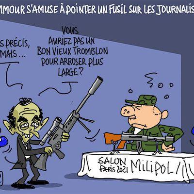 Zemmour s'amuse à pointer un fusil sur les journalistes au Milipol...