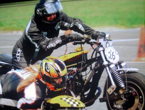 Fanakick Historic Cup La Châtre 2014 Démonstration sur piste motos et side anciens