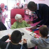 Les ateliers de Noël à la maison de retraite de Feugarolles - Le blog de ecolesainteanne47