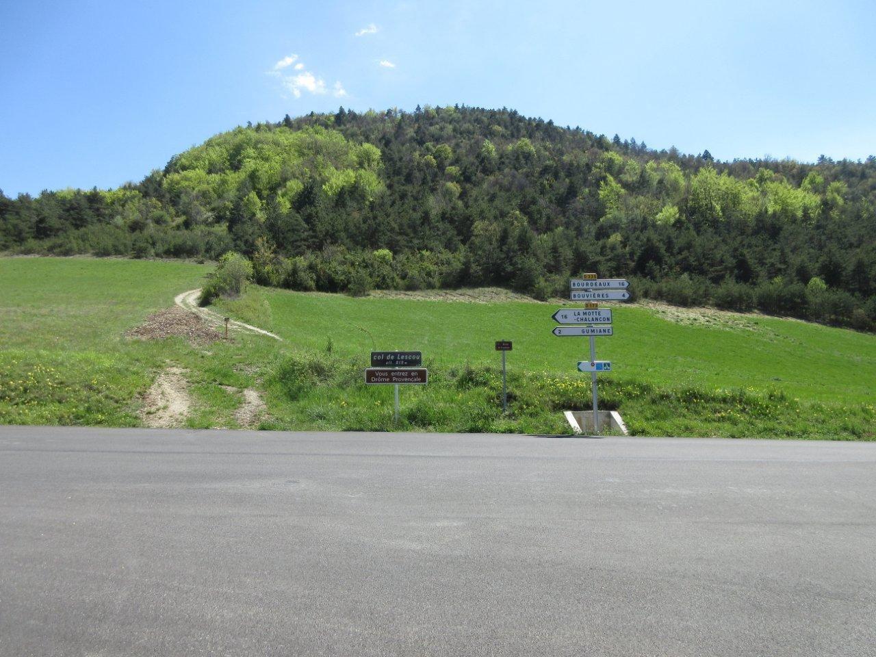 Le col de Lescou, point d'entrée de la Vallée de la Roanne, pour nous ça sera la sortie mais ce n'est qu'un au-revoir.
