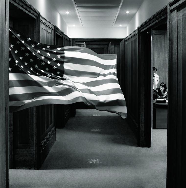 Publicité interne pour la banque Rotschild, 2011. Prod. : La Main Productions.