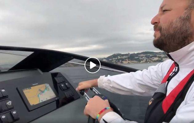 Essai du Jeanneau Leader 30 hors-bord - la Vidéo et le plan d'aménagement