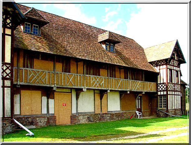 Diaporama château de TILLY - Boissey le Châtel