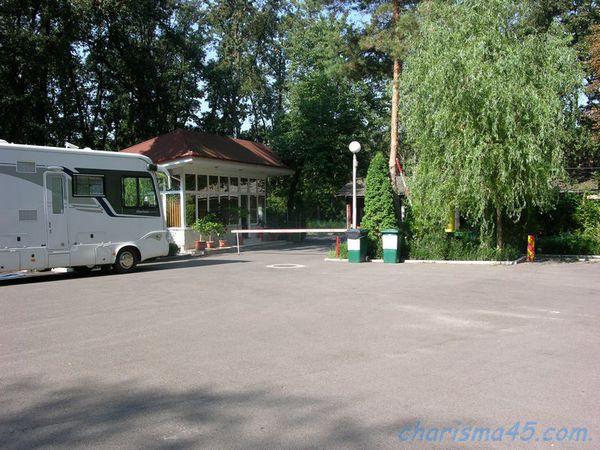 Camping Casa Alba, Bucarest, Roumanie en camping-car