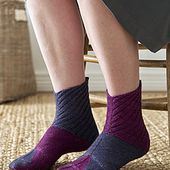 Square Socks pattern by Nicola Susen