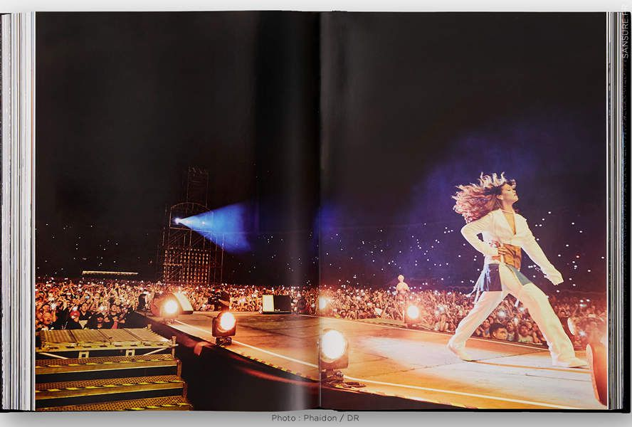 Les premières images de l'autobiographie visuelle de Rihanna ! (Diaporama et vidéo) #theRIHANNAbook