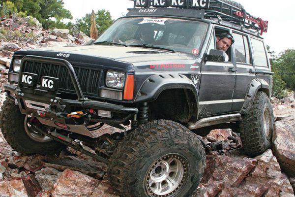 Jeep Cherokkee XJ + 12 pouces
