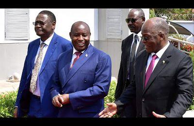 """MBELE YA JPM, RAIS NDAYISHIMIYE AWASHUKURU WATANZANIA, """"NAKUONA KAMA BABA YANGU"""" MGOMBEA wa urais kupitia tiketi ya CCM, Dkt. John Pombe Magufuli, am..."""