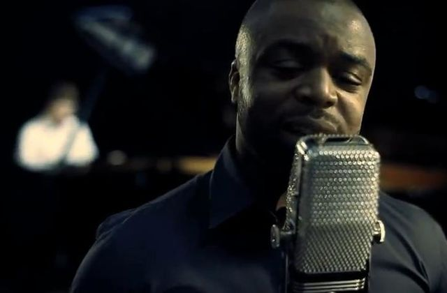 [CLIP]OMS-VIENS ON LAISSE TOMBER-2011