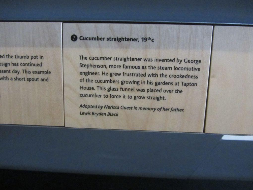 George Stephenson, (1781) fait partie des « pères fondateurs » du chemin de fer à vapeur. Mais il aimait également jardiner, et il a inventé le tunnel à concombre, afin de forcer ce dernier à grossir plus vite.