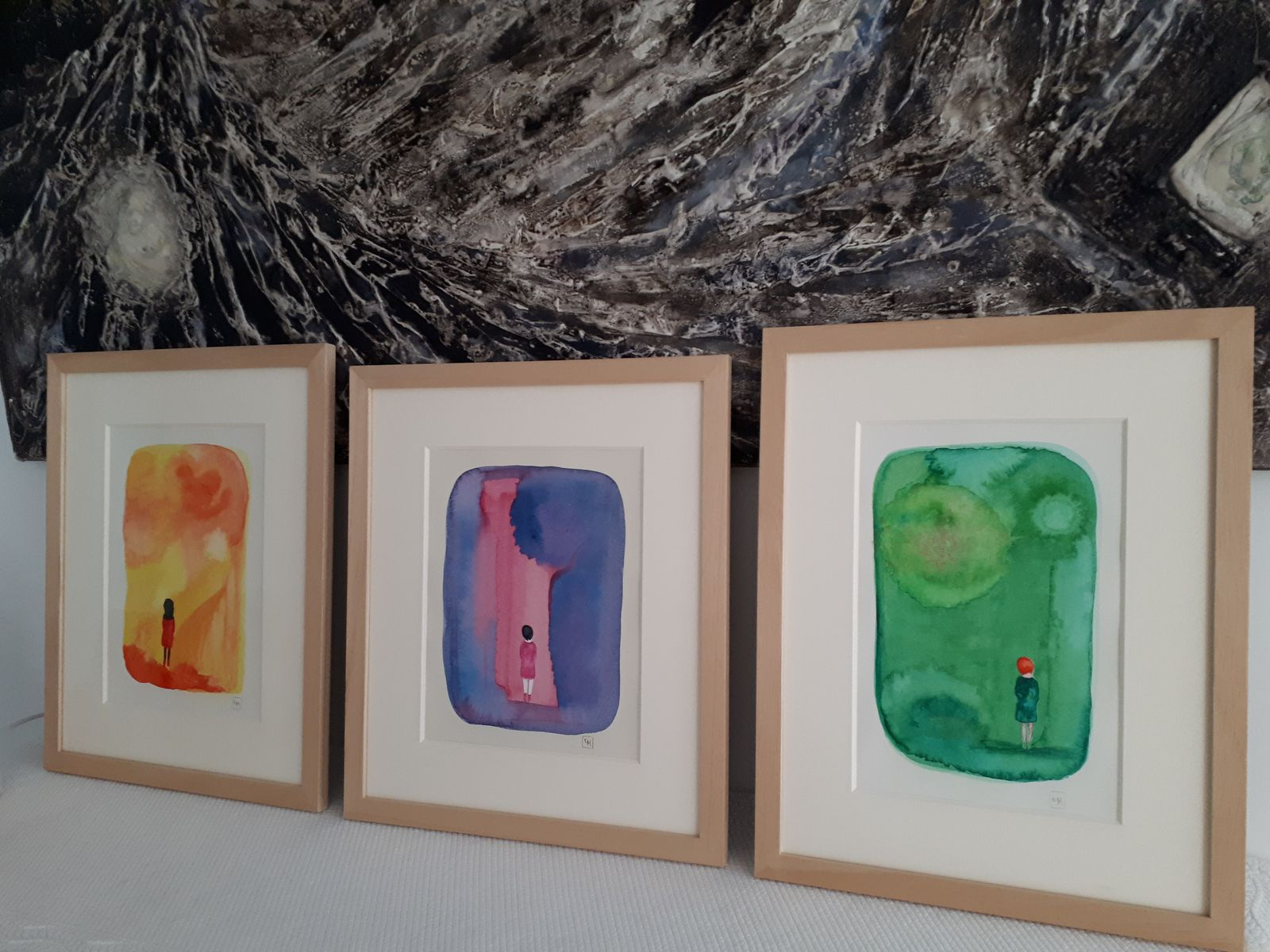 """Les Collages d'eMmA MessanA, 3 collages encadrés de la série """"Où vont les filles ?"""", exemplaires uniques © eMmA MessanA"""