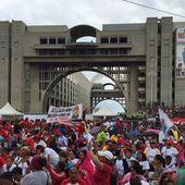 VENEZUELA: Des mesures extraordinaires face à l'offensive contre-révolutionnaire - Commun COMMUNE [El Diablo]