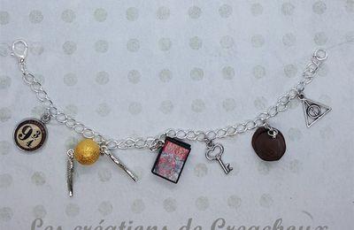 Bracelet Harry Potter - vif d'or / livre / choixpeau