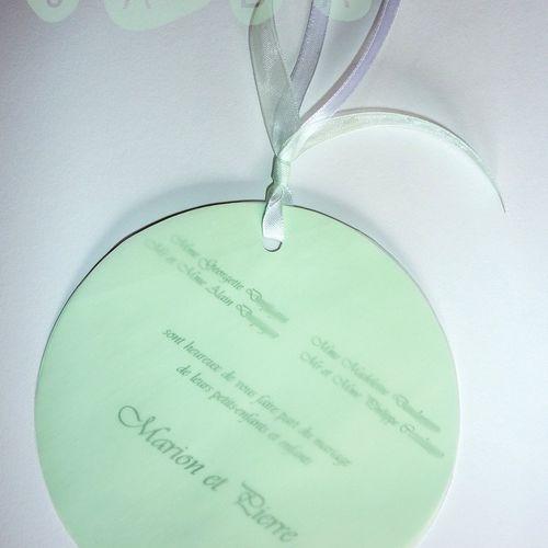 Faire-part de mariage rond et calque, blanc et vert anis...