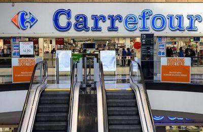 La vidéo d'une altercation dans un magasin Carrefour suscite l'indignation :