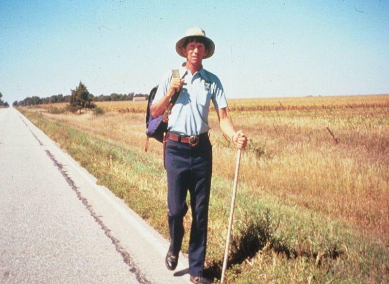 Dave Kunst, camminatore del mondo. Ad aprile, nelle librerie il libro che racconta il suo viaggio a piedi attorno al globo