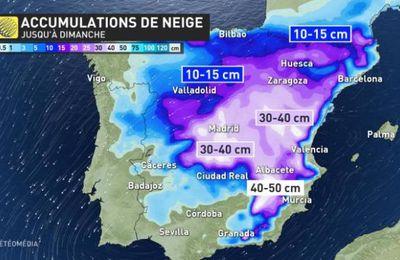 #Espagne : les chutes de #neige exceptionnelles causent la mort d'au moins trois personnes