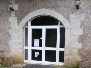 La Grange du château Lescombes reste fermée…