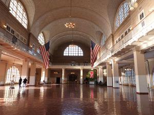 Ellis Island hier et aujourd'hui