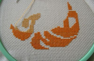 Broderies à lire (Etrange orange))