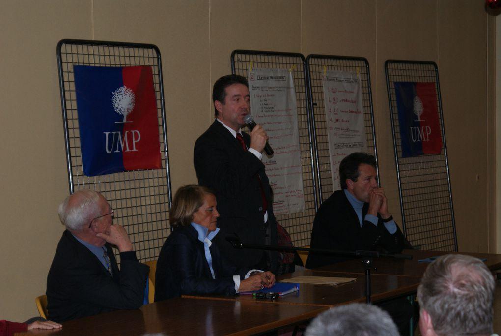 Réunion de la 3ème Circonscription UMP du Gard le 17 décembre 2010 dans la salle La Cantarelle de Roquemaure