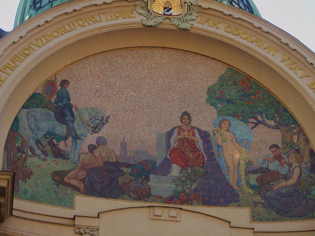 Prague classique : vieille ville, pont Charles, art nouveau
