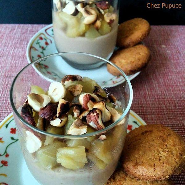 Crème de noisettes sous compotée de pommes