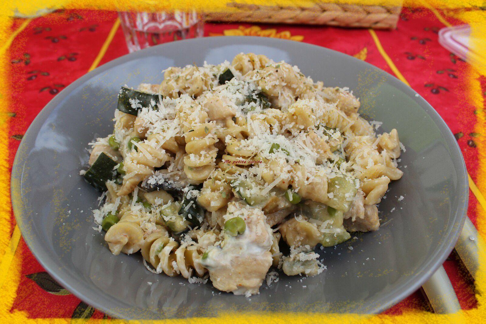 One pot pasta poulet, légumes.