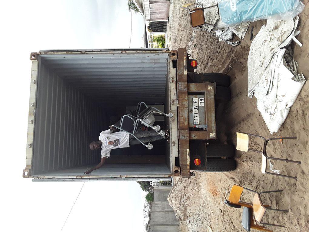 Arrivée du container de 40'