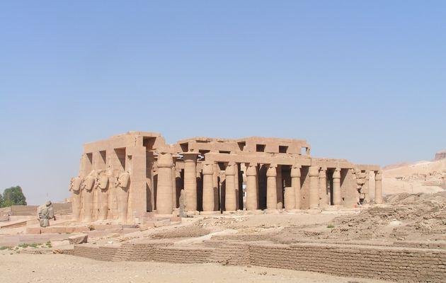 Sous le soleil d'Egypte: le Ramesséum