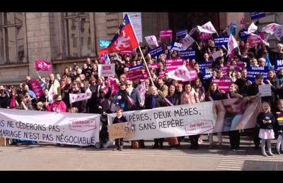 """""""TOUS A PARIS LE 24 Mars"""" ! LYON : Dimanche 10 mars, 500 Personnes pour un """"Flash Mob"""" d'un quart d'heure, devant l'Hôtel de Ville! Réservez vos billets! SI vous doutez encore,regardez les documents attachés!"""